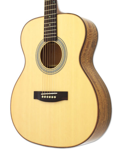 ARIA209/N Accoustic guitar
